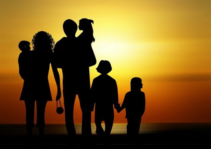 INTERVENTO LA FAMIGLIA CRESCE: APPROVAZIONE GRADUATORIA PROVVISORIA DEGLI AMMESSI